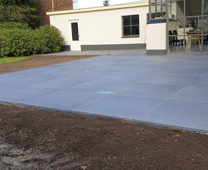 terras aangelegd met Geo Ceramica tegels 100x100x4